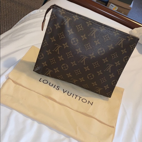 Louis Vuitton Handbags - Toiletry Pouch 26